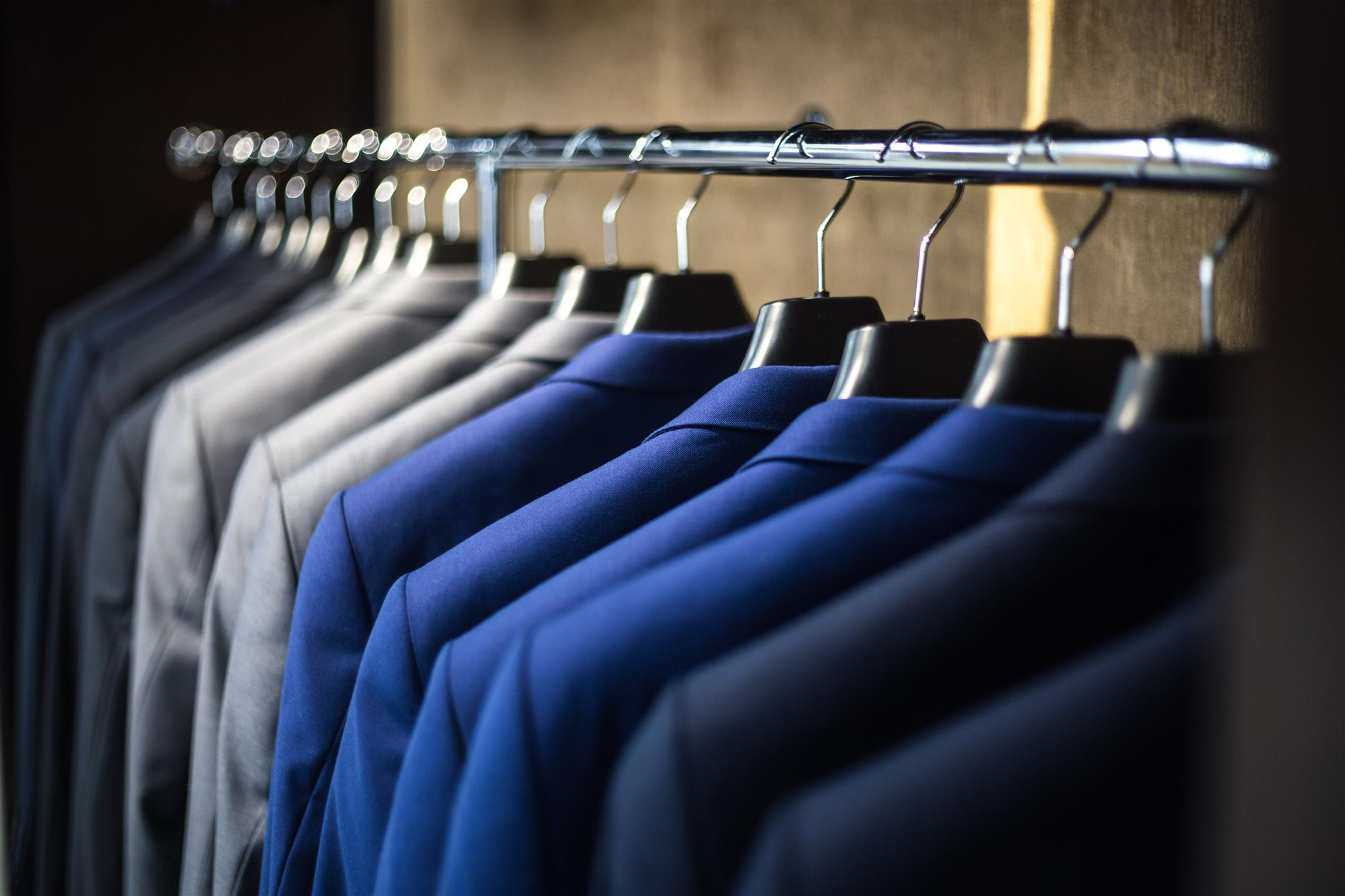 Cosa Comprare A Izmir why custom fitted suits are better than off the rack | peter