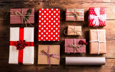 Best Clothing Gifts for the Holiday Seasons
